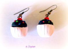 Sweet earrings / Pendientes dulces https://www.etsy.com/es/listing/162879835/pendientes-dulces-en-fimo #Cupcakes #bisutería #joyas