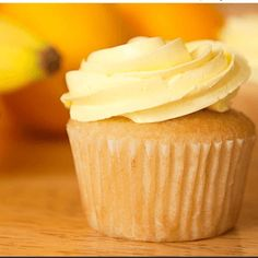 20 Moist And Fluffy Cupcakes Recipes - Karen Monica Moist Yellow Cupcake Recipe, Moist Cupcake Recipes, Homemade Cupcake Recipes, Easy Vanilla Cupcakes, Fluffy Cupcakes, Moist Cupcakes, Yellow Cupcakes, Baking Cupcakes, Yummy Cupcakes