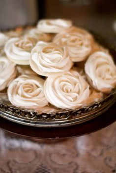Beautiful wedding reception ideas with vintage wood boxes, old suitcases, coffee filter poms, burlap rosette cake, rose frosting cookies & more! Rosette Cookies, Rosette Cake, Flower Cookies, Cupcake Cookies, Sugar Cookies, Cupcakes, Meringue Cookies, Cupcake Frosting, Iced Cookies