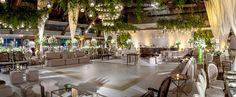 decoração de casamento, pista de dança verde e branco lounge e pista