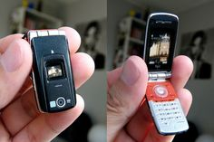 Mini cell phone by -Sebastian Vargas-, via Flickr