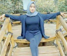 Beautiful Muslim Women, Beautiful Hijab, Beautiful Outfits, Hijabi Girl, Girl Hijab, Hijab Teen, Casual Hijab Outfit, Hijab Chic, Arab Girls Hijab