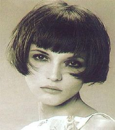 hairstyle pictures platinum blonde hair cuts,best short hairstyles asymmetrical hairstyles for curly hair,best bob hairstyles 2016 haircuts short one side long other. Short Bob Hairstyles, Hairstyles With Bangs, Cool Hairstyles, Bob Haircuts, Hairstyle Ideas, Medium Hair Styles, Curly Hair Styles, Retro Bob, Angled Bobs