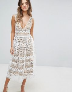 Boohoo V Neck Midi Lace Dress