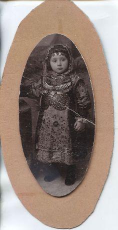 GREECE LOCAL DRESS MEGARA SALAMINA ELEFSINA PHOTO OF A GIRL.