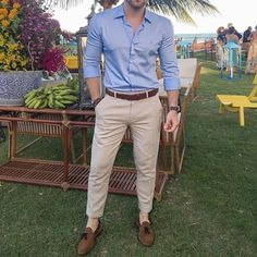 Ideas For Fashion Style Mens Jeans – Men's style, accessories, mens fashion trends 2020 Smart Casual Men, Casual Wear For Men, Stylish Mens Outfits, Business Casual Outfits, High Fashion Men, Mens Fashion Wear, Jeans Fashion, Fashion Vest, Fashion Rings