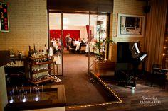 nice entrance with a little bandstand and a bar by © radmila kerl wedding photography munich schöner Ein- oder Ausgang einer Eventlocation mit kleiner Bühne und Bar