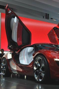 Renault DeZir - via: lightexponent: - Imgend