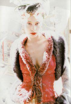 Vogue UK October 1994 photo Pamela Hanson Model:Nina Brosh 03.jpg