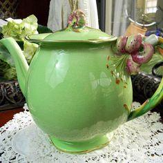Royal Winton Grimwades Green Tiger Lily Teapot- English