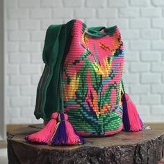 Wayuu Mochila Bag bird of paradise