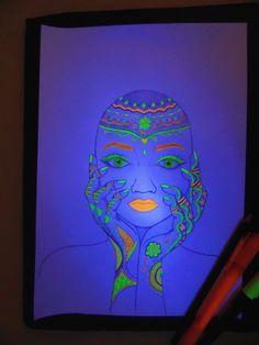 Lápis+ Marcador + Luz Negra.