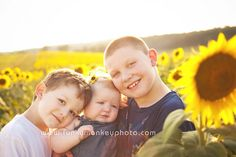 Families By Funky Monkey Photography www.funkymonkeyphoto.com Madison, Wisconsin