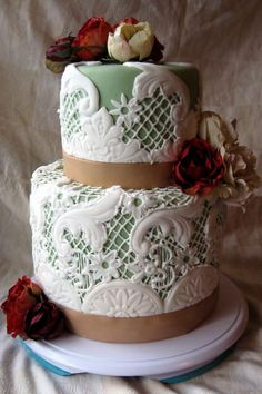 Sea foam and beach roses ~ Artisan Cake Company