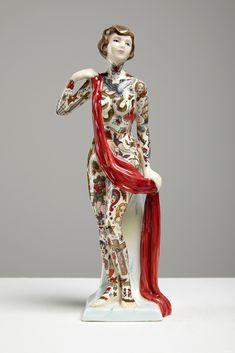 Tattooed Porcelain Dolls by Jessica Harrison. True work of artwork to frame the modern day female.