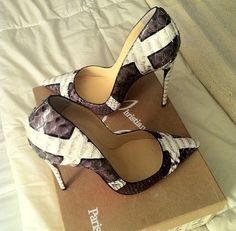 Schöne Schuhe, Schuhspiel, Teure Schuhe, Christian Louboutin Schuhe, Schuh  Stiefel, 840aeda79c