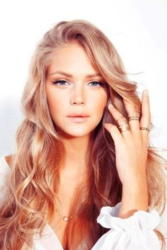 rose gold hair - Wow, that is a beautiful color if I wanted to go lighter instead of darker. ~Tania