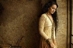 Bollywood, Tollywood & Más: Sonakshi Sinha Photoshoot Namrata Soni makeup & hair Bollywood Songs, Sonakshi Sinha, Photoshoot, Makeup, Sweaters, Hair, Dresses, Fashion, Actresses