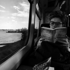 Reece reading his book New Hope Club, A New Hope, Blake Richardson, Reece Bibby, Brad Simpson, Disney Music, The Vamps, Best Day Ever, Baby Daddy