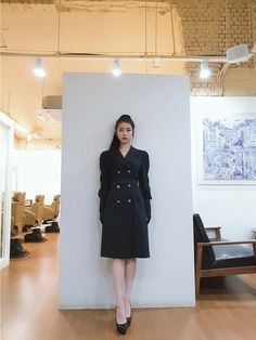 #IU #Hotel_Del_Luna #tvN #JangManWol #LeeJiEun #YeoJinGoo Luna Fashion, Fashion 101, Fashion Outfits, Womens Fashion, Ulzzang Fashion, Korean Fashion, Pretty Men, Korean Celebrities, Western Outfits