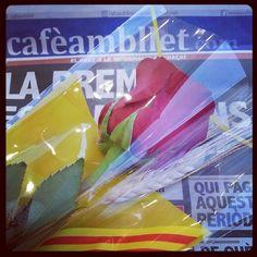 #SantJordi! amb @_cafeambllet. Bona diada!