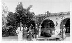 Villa America Antibes | The Villa America - Sara Murphy, standing at far right, with friends