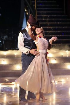 "Wk 3 Michael & Emma - Waltz to ""Everything I Do I Do It for You"" by Bryan Adams (Robin Hood: Prince of Thieves)   Scored 7+7+7+7 = 28"