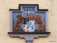 Coats of arms of the kingdom of Bavaria introduced in 1835 Saxony Anhalt, Rhineland Palatinate, Lower Saxony, North Rhine Westphalia, Germany And Italy, Old Building, Coat Of Arms, Bavaria, Castle