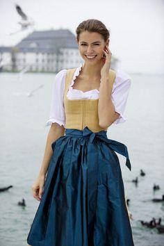 0855fa151fc14e Trachten Dirndl aus Österreich - Tostmann Trachten -  aus  dirndl   Österreich  Tostmann