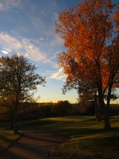 Beautiful Valley Country Club in Centennial Colorado in the Fall  Book your next event or your wedding at Valley Country Club!