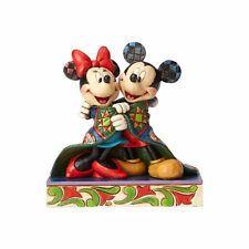 Mickey & Minnie CHRISTMAS Quilt Wrap Figure Disney Traditions Jim Shore Figurine