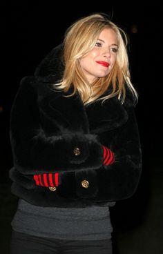 Sienna Miller - England's London Eye for World AIDS Day, December 1, 2010