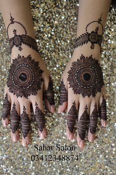 Mehndi henna designs are always searchable by Pakistani women and girls. Women, girls and also kids apply henna on their hands, feet and also on neck to look more gorgeous and traditional. Finger Henna Designs, Henna Art Designs, Mehndi Designs For Girls, Mehndi Designs For Beginners, Stylish Mehndi Designs, Dulhan Mehndi Designs, Mehndi Designs For Fingers, Wedding Mehndi Designs, Latest Mehndi Designs