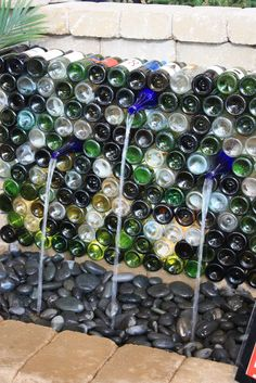Garden Thyme with the Creative Gardener: Water Feature Ideas - wine bottle fountain wall Wine Bottle Fountain, Wine Bottle Wall, Wine Wall, Wine Bottle Crafts, Wine Bottle Garden, Bottle Bottle, Mexican Beach Pebbles, Wine Craft, Garden Fountains