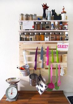 A Multipurpose Kitchen Shelf Made Out of (You Guessed It!) a Pallet