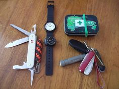 Like the paracord keychain attached to the knife.