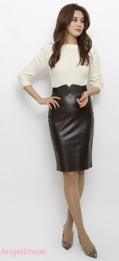 Leather Dresses, Leather Skirt, Business Look, Leather Fashion, White Leather, Asian Girl, Elegant, My Style, Womens Fashion