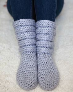 Ravelry: Slouchy Slipper Boots pattern by Lisa van Klaveren