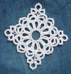 オーナメント用1:気ままなタッターズ ... Ornament for 1 .... no pattern by lovely square !