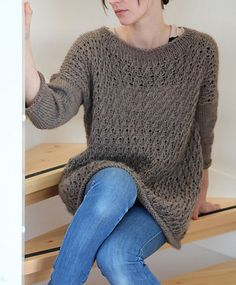 Another pretty sweater free knitting pattern.