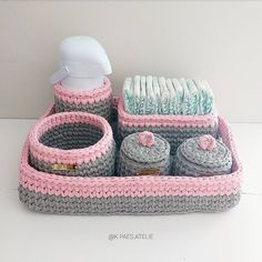 Crochet Basket Pattern, Crochet Stitches Patterns, Crochet Designs, Free Crochet Bag, Crochet Home, Crochet Amigurumi, Crochet Yarn, Crochet Storage, Cute Keychain