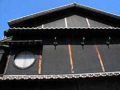 Kinnabe02 黒漆喰