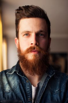 beardsftw: lightsthoughts: Proud of his beard [[ Follow BeardsFTW! ]]