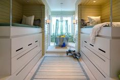 great bunk room in small space