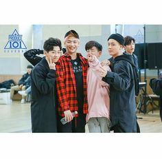 And when Ong Seongwoo is a photo bomber. Dude close your mouth. Ong Seung Woo, Produce 101 Season 2, Street Dance, Modern Dance, Now And Forever, Korean Celebrities, Jinyoung, My Boys, Boy Groups