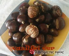 Great recipe for Boiled chestnuts. Everybody loves chestnuts, boiled or roasted! Recipe by vasiliki ver Fall Recipes, Great Recipes, Chestnut Recipes, Christmas Cooking, Healthy Snacks, Roast, Appetizers, Fruit, Greece
