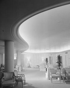 SAKS FIFTH AVENUE - BEVERLY HILLS (#003), 9600 Wilshire Boulevard, Beverly Hills, CA  90212, interior, 1940.  Architect:  Paul Revere Williams.