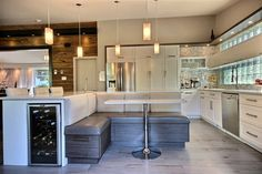 N&R - kitchen design / cuisine alpin banquet
