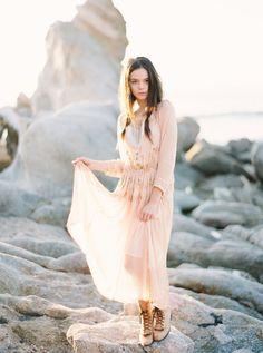 Laidback California Engagement Session via oncewed.com #wedding #engagement #california #blush #romantic #bride