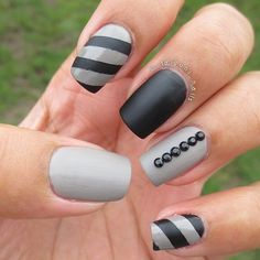 Black and gray nail art - matte nails